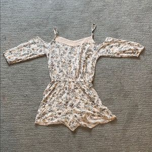Womans MUDD floral romper